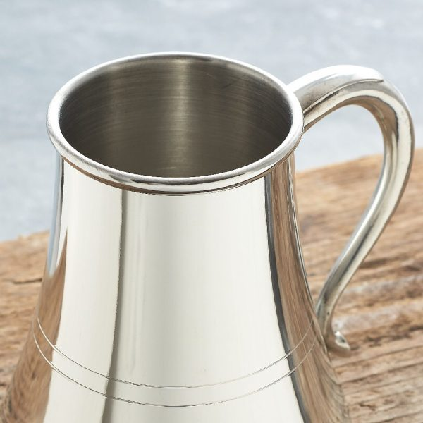 Nautical Tankard with Non-Spill Wide Base to prevent spillages at sea. Personalise with Yacht name, Crew or Skipper. Sailing Prize or Crew Presentation.